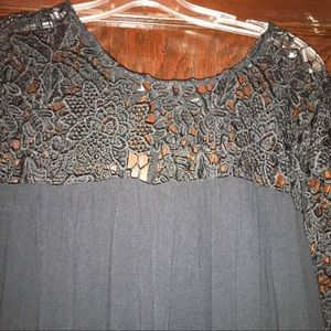 Black lace and cotton crinkle shift dress